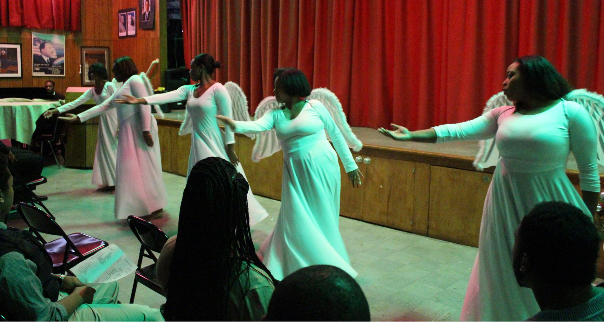 praise-dancer-group-2.c84ce069f4